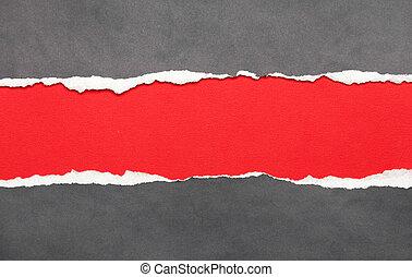 Abgebranntes Papier mit rotem Platz für die Notiz