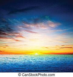 Abstrakter Frühlingshintergrund mit Sonnenaufgang auf dem Meer.