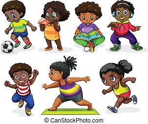 Afrikanische Kinder, die verschiedene Aktivitäten ausüben.