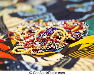 Afrikanische Perlenketten.