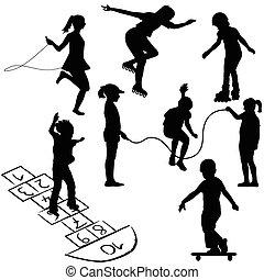 Aktive Kinder. Kinder auf Rollschuhen, Springseilen oder auf dem Hopfen