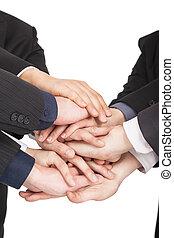 Alle Business-Leute verbinden sich mit Teamwork Konzept.