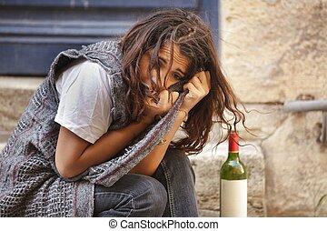 Allein betrunkenes Mädchen