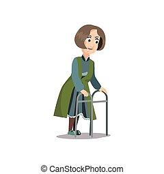 Alte ältere Frau, die zu Hause mit Metallwandler läuft