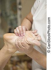 annahme, spa, frau, fuss- massage, salon