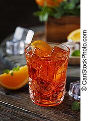 aperitif, traditionelle , italienesche, aperol