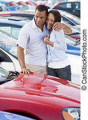 auto, paar, shoppen, junger, neu