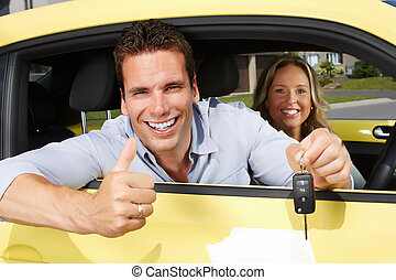 Autofahrer mit Schlüssel.