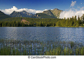 Bergsee in Slowenien Tatra - strbske pleso.