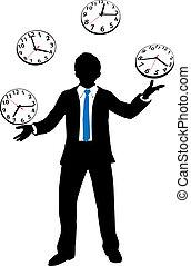 Beschäftigter Geschäftsmann jongliert Zeituhr