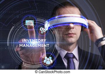 Business, Technologie, Internet und Netzwerkkonzept. Der junge Geschäftsmann, der in virtueller Realität arbeitet, sieht die Inschrift: Inventar Management