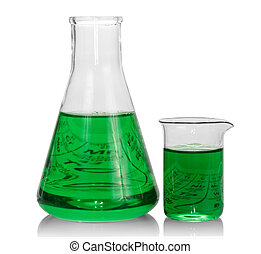 Chemikalien mit grüner Flüssigkeit.