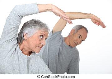 Das letzte Paar im Fitnessstudio