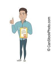 Der junge hispanische Geschäftsmann mit einem Zertifikat.