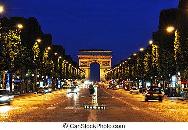 Die Champs-elysees in der Nacht, Paris