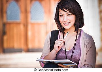 Ein gemischter Collegestudent