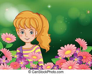 Ein lächelndes Mädchen im Garten mit frischen Blumen