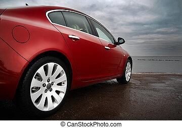 Ein luxuriöses, rotes Auto