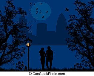 Ein Paar in einem Stadtpark