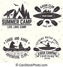 Ein paar Kajak-Club-Abzeichen. Vector Illustration.