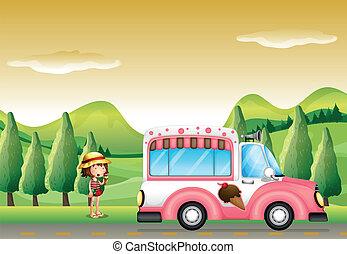 Ein rosa Eisbus und das kleine Mädchen