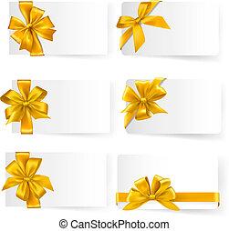 Ein Set Goldgeschenk verbogen sich mit Bändern. Vector.