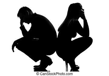 Ein Streit, ein trauriges Paar, Mann und Frau