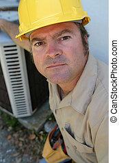 Ernster AC-Reparator