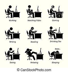 Executive arbeitet vor einem Computer am Arbeitsplatz.
