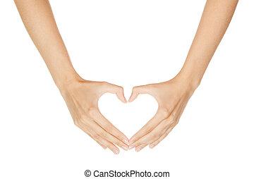 Frau Hand macht Schild Heart isoliert auf weißem Hintergrund