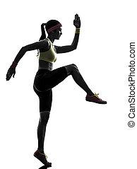 Frauen, die Fitnesstrainings machen.