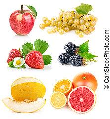 Frische Früchte mit grünen Blättern