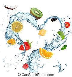 Frische Frucht in Wasser.