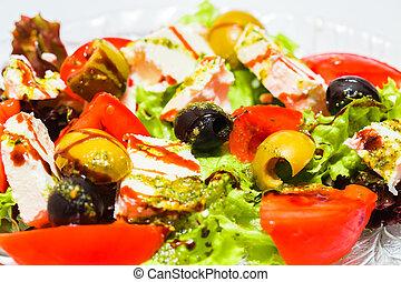 Frischer Gemüsesalat.
