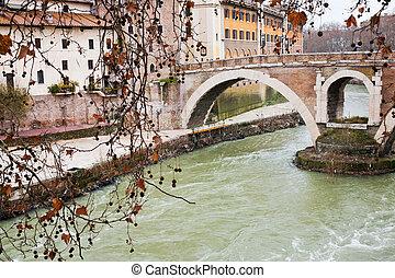 Fußgängerbrücke über Tiber River in Rom