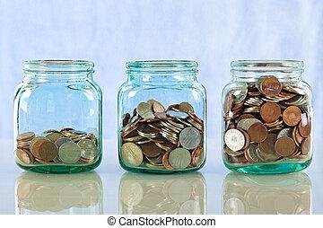 Geld in alten Gläsern sparen