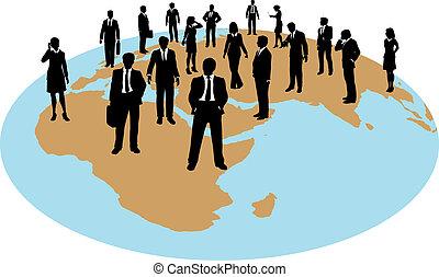 Geschäftsleute mit globalen Arbeitsmitteln