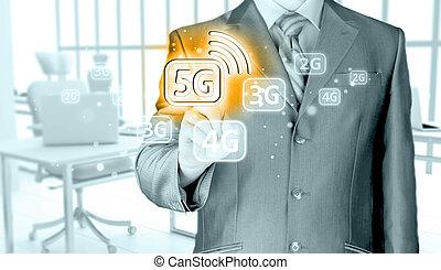 Geschäftsmann in Hand 5G, Technologie Hintergrund.
