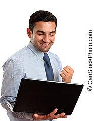 Geschäftsmann mit Laptop-Rechner Erfolg, Sieg