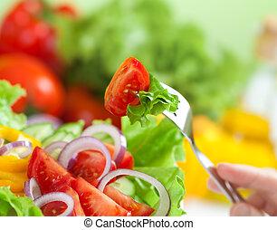 Gesundes Essen oder frisches Gemüse Salatmehlkonzept.