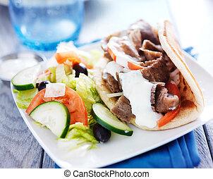 griechischer , servierplatte, salat, gyro