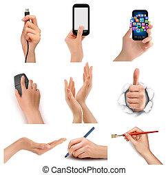 Hände, die verschiedene Geschäftsobjekte halten. Vector