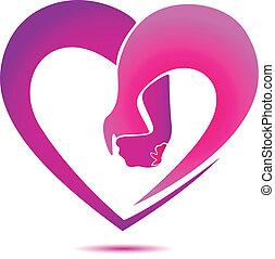 Hände mit einem Logo in Herzform.