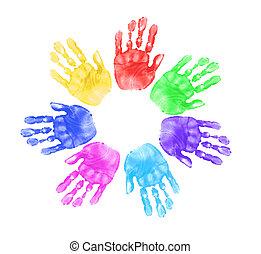 Hände von Kindern in der Schule