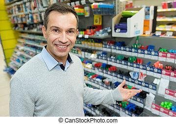 hübsch, supermarkt, shoppen, mann