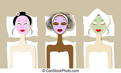 Hübsche Frauen mit kosmetischer Maske auf Gesichtern im Wellness-Salon.