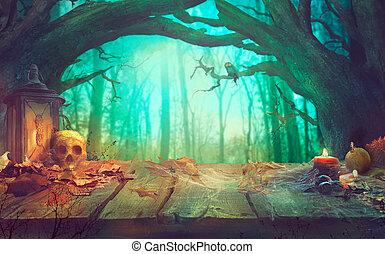 Halloween Thema mit Kürbissen und dunklen Wald. Gruseliges Halloween