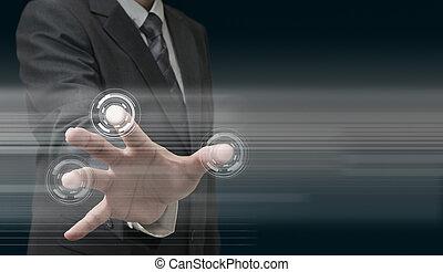 Handarbeit an moderner Technologie