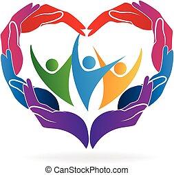 Hands Herz lieben es, sich um Menschen zu kümmern.