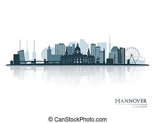 Hannover Skyline Silhouette mit Reflexion.